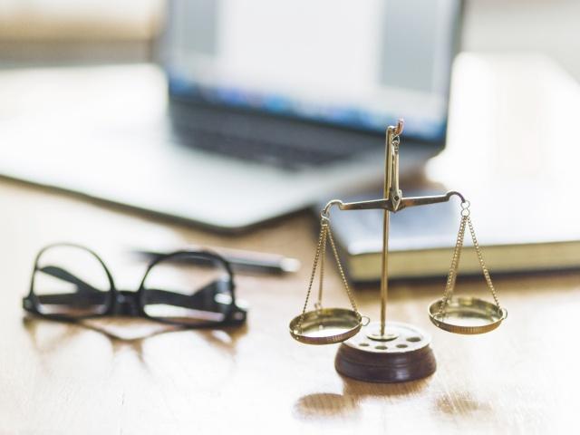 Hukuk Büro Yönetimi ve Sekreterlik [Uzaktan Öğretim Ön Lisans Programı]